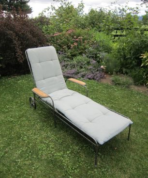 Iselin Chaise Lounge