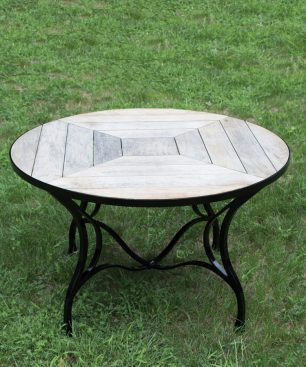 Zarf Round Dining Table
