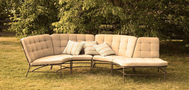 Cushion Page Please tone to Sepia