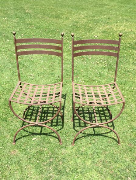 Lattice Chairs
